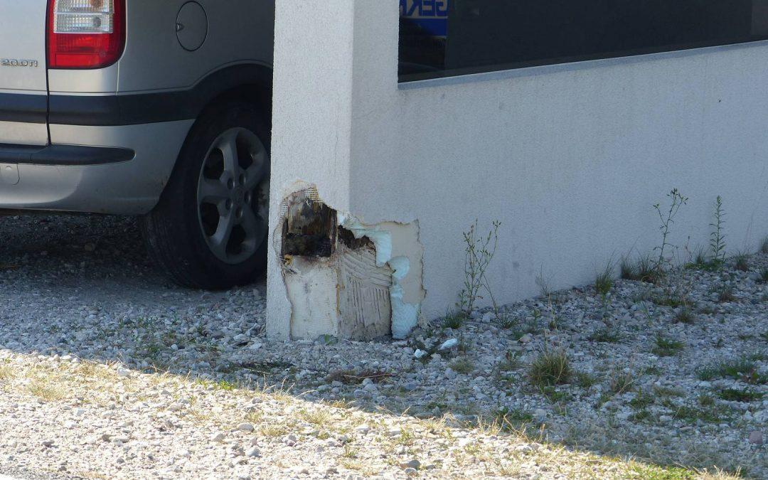 Schaden am Carport durch fehlenden Feuchteschutz